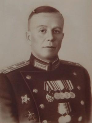 Хозиков Юрий Тихонович