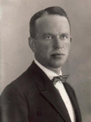 Жданов Владимир Матвеевич